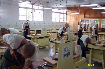 the inmates carpentry class picture